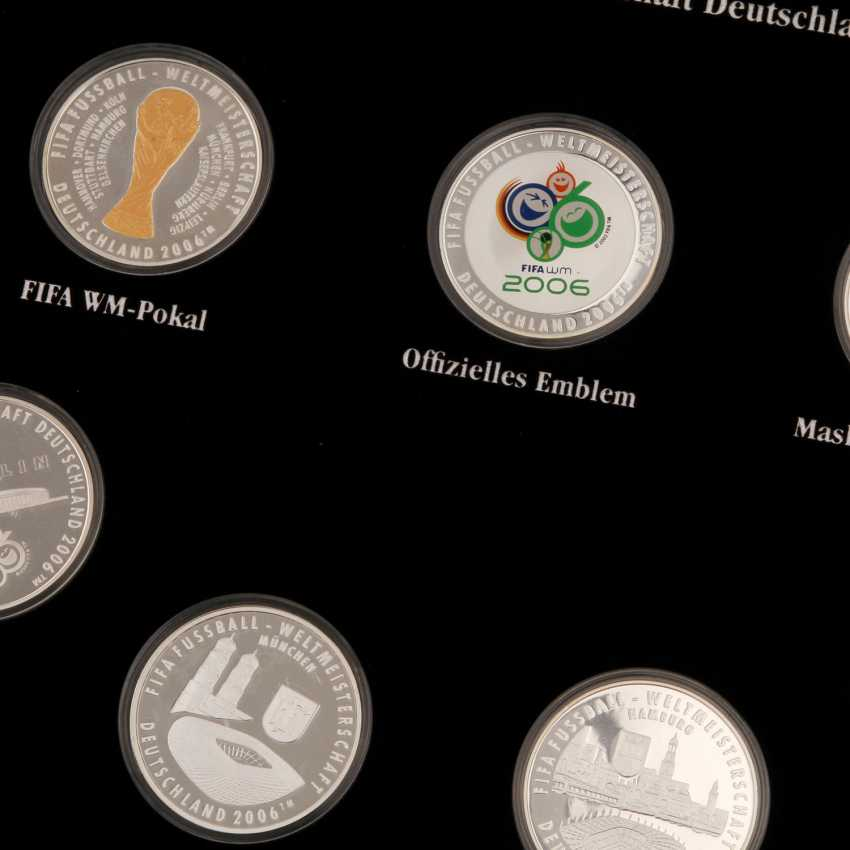 Chic compilation of medals and coins made of SILVER, among other things - photo 4