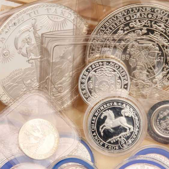 About 30 replicas of valuable coins of the RDR, - photo 2