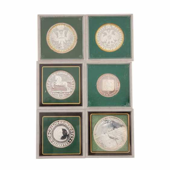 About 30 replicas of valuable coins of the RDR, - photo 3