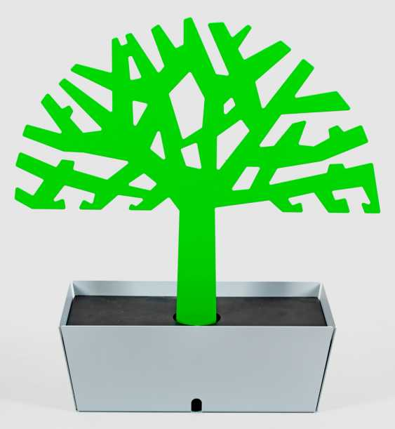 """Ladestation """"Tree of charge"""" von Ralf Kraeuter - photo 1"""