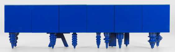 "Large ""Showtime multi leg Sideboard"" by Jaime Hayon - photo 1"