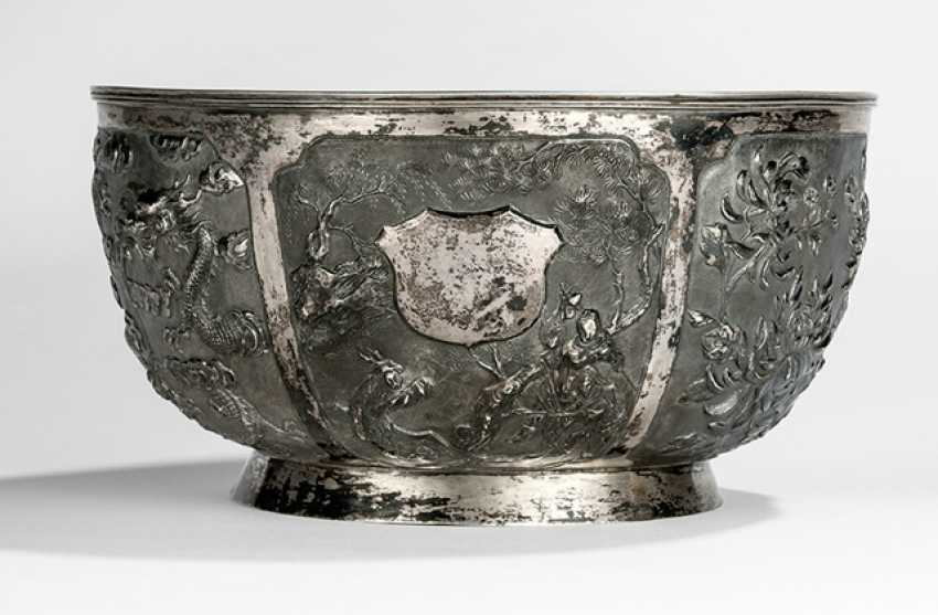 Large silver bowl with 6 outstanding decorative boxes - photo 1