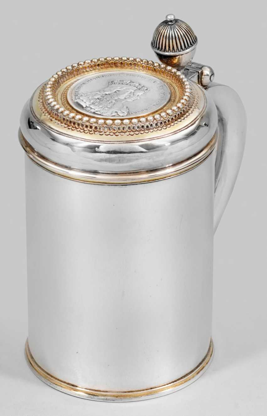 Tankard with medal - photo 1