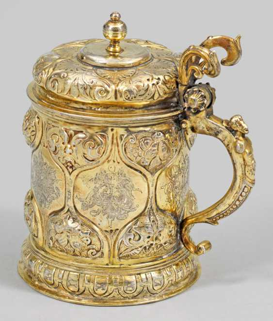 Rare small Baroque-lid tankard - photo 1