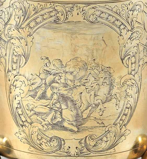 Rare Early Baroque Ball Footed Beaker - photo 2