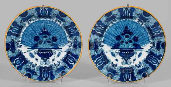 Two large faience plate - photo 1