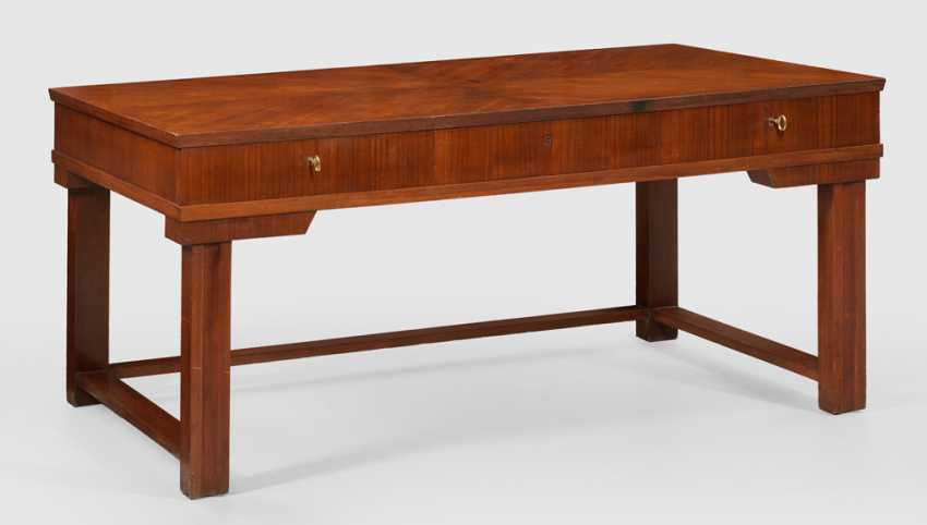 Large Art Deco Desk in the manner of Bruno Paul - photo 1
