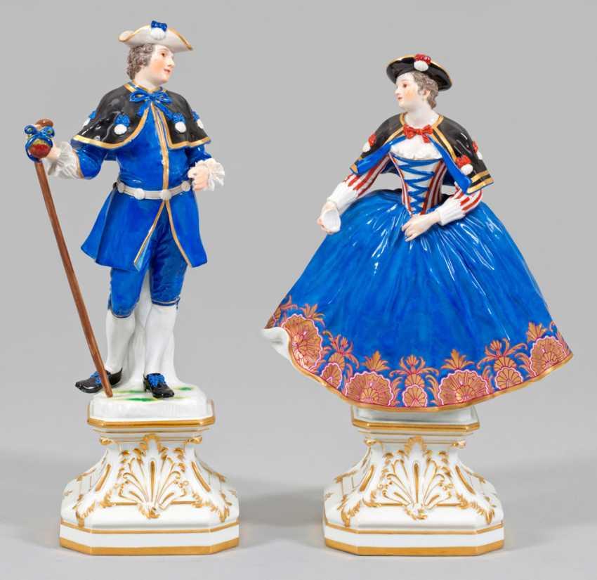 Pair of figures of a pilgrim and a pilgrim - photo 1
