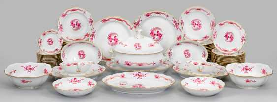 """Extensive dinner service with decorative """"Rich dragon"""" - photo 1"""