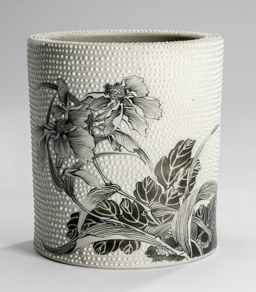 Brush Cup made of Biscuit porcelain with Grisaille painting of flowers with the point of relief - photo 1