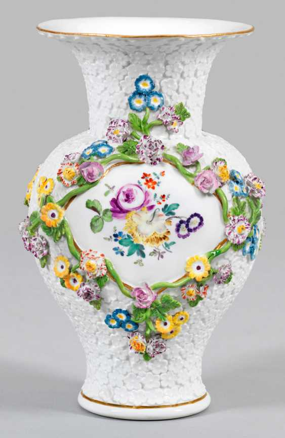 Vase with forget-me-not decor - photo 1
