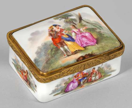 Anatomical snuffbox with gallant scenes - photo 2
