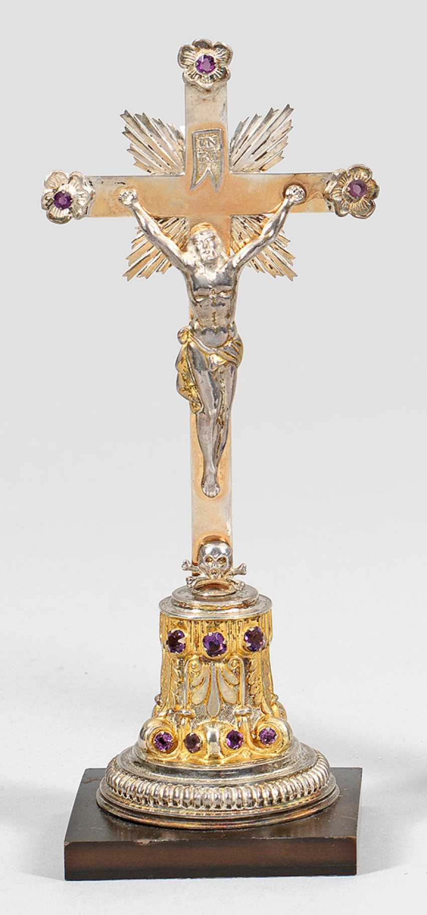 Small Table Crucifix - photo 1