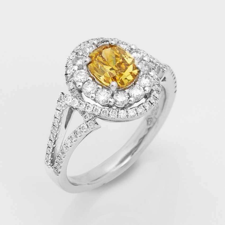 Fancy Vivid-Yellow-Diamant-Solitärring - photo 1