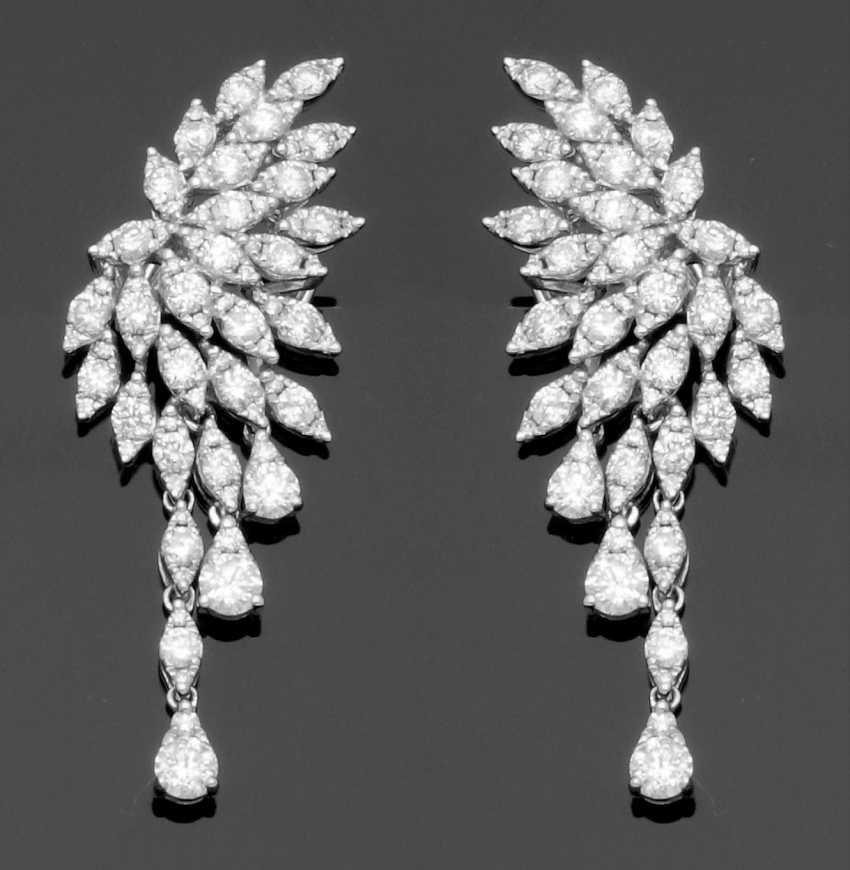 Pair of decorative brilliant drop earrings - photo 1