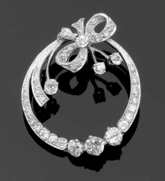 Elegant Art Deco Diamond Pendant - photo 1