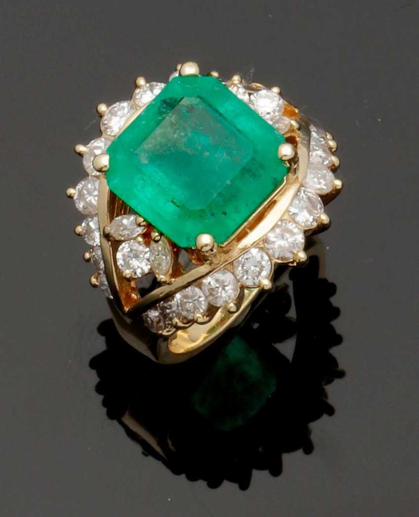 Representative Colombian emerald ring - photo 1