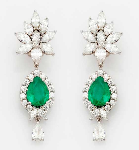 Pair of high-quality Colombian emerald drop earrings - photo 1