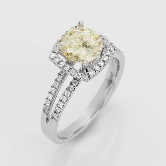 Elegant Brilliant Solitaire Ring - photo 1