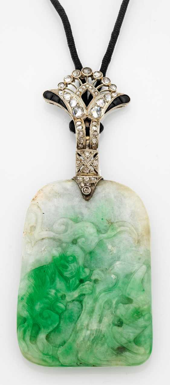 Art Deco Jade pendant by Boucheron - photo 1