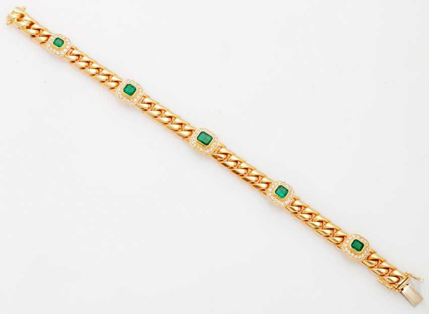 Classic chain bracelet with emerald-brilliant finishing - photo 1