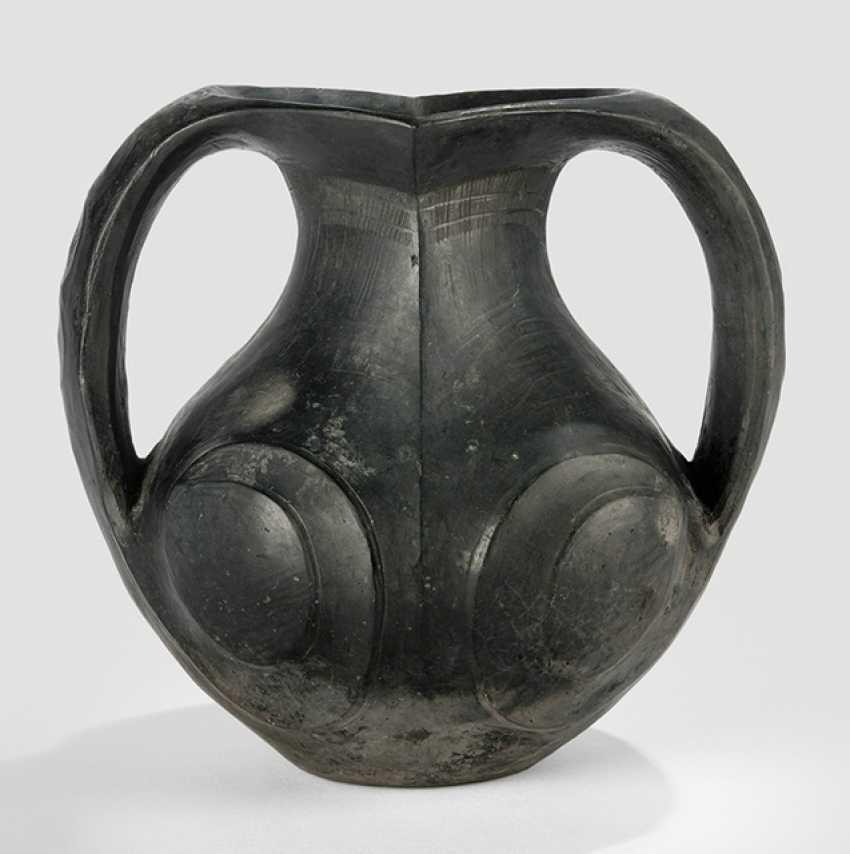 Amphora black clay - photo 1