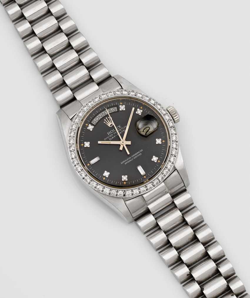 Men's watch by Rolex with diamonds - photo 1