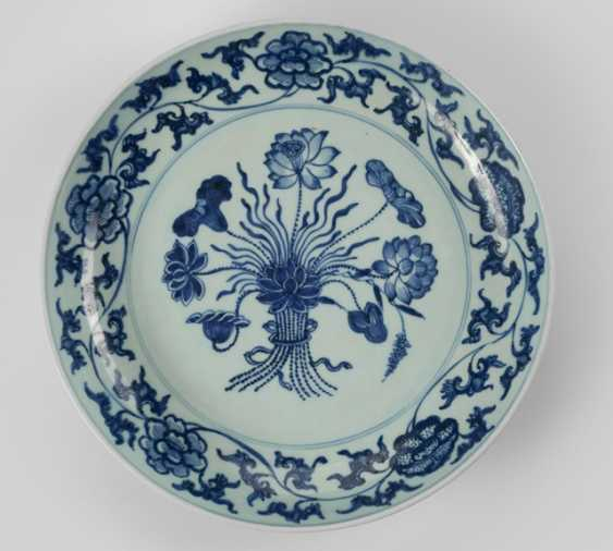 A large underglaze blue decorated dish with Lotus flowers in the Ming style - photo 1