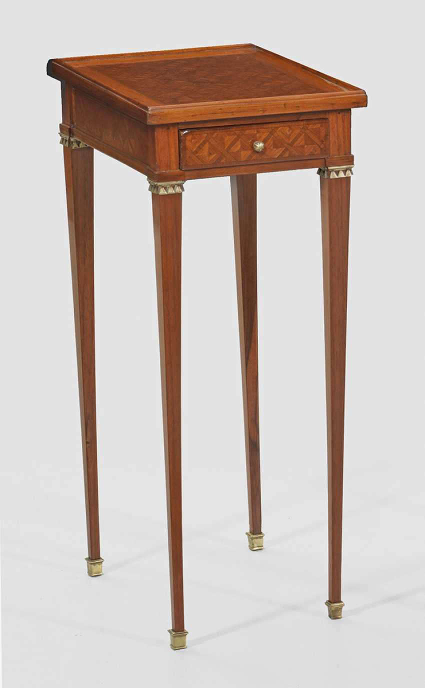 Small Louis XVI side table - photo 1