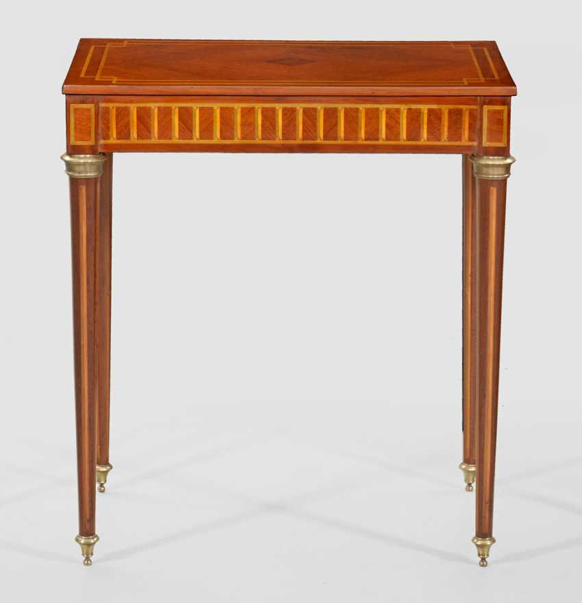 Directoire End Table - photo 1