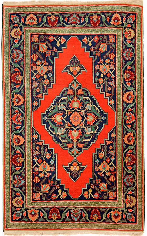 Little old Karabagh carpet - photo 1