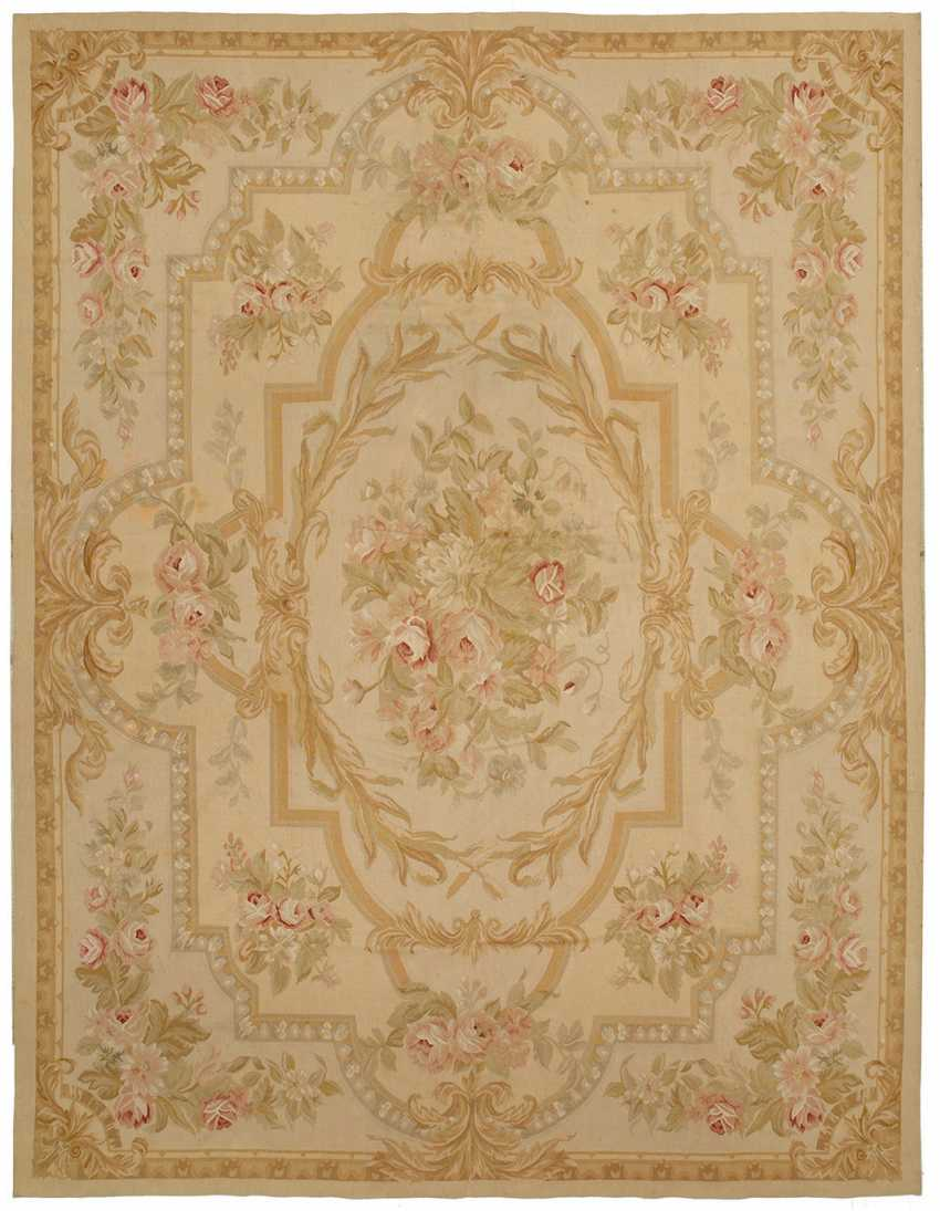 Aubusson Carpet - photo 1