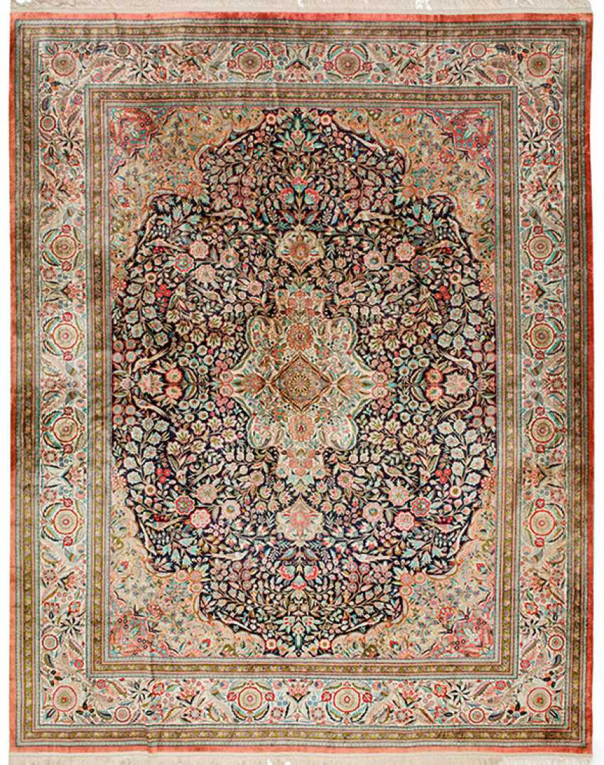 A Large Silk Carpet - photo 1