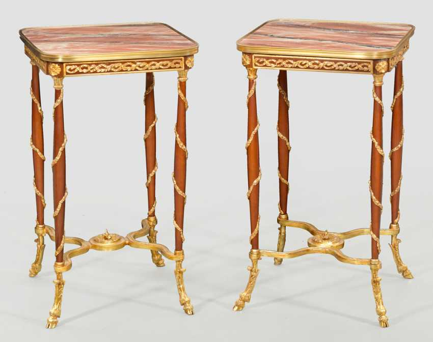 Pair of Gueridon tables in the Directoire style - photo 1