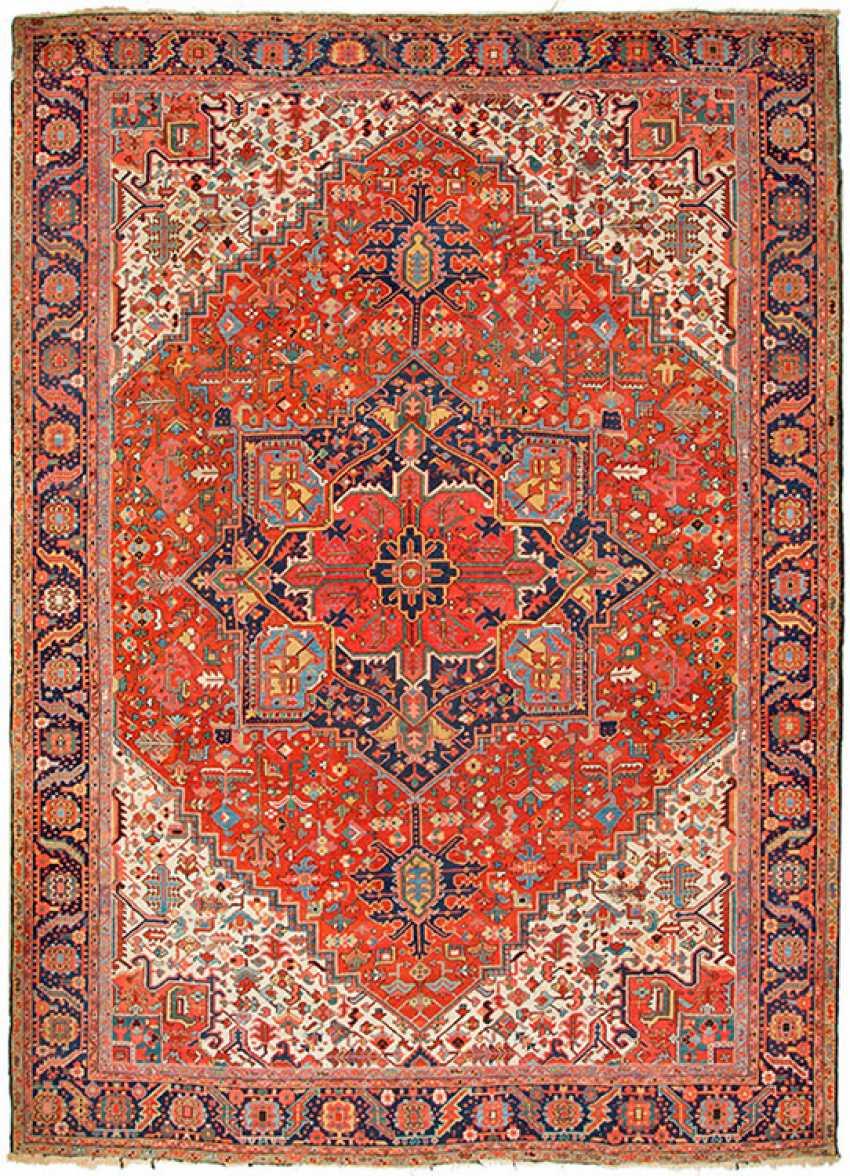 Very big old Heriz carpet - photo 1