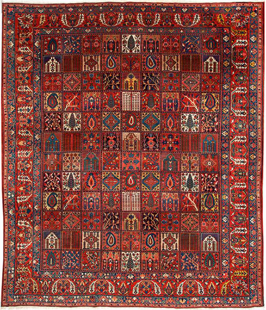 One of the great old Bakhtiari-box carpet - photo 1