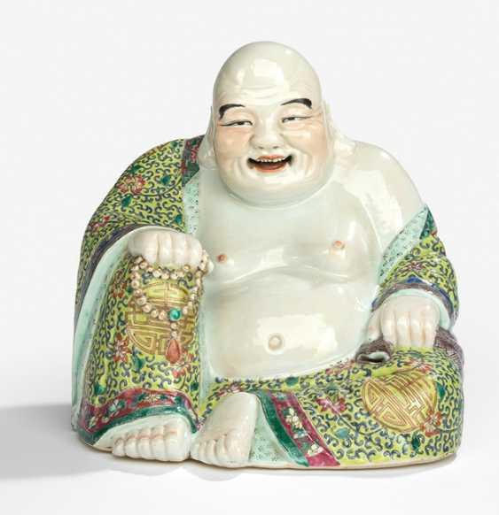 Polychrome decorated Budai porcelain - photo 1