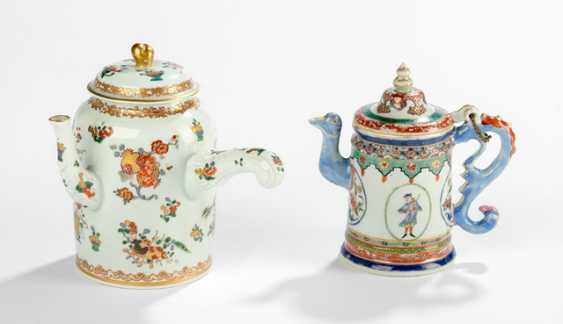 Two polychrome decorated teapots - photo 1
