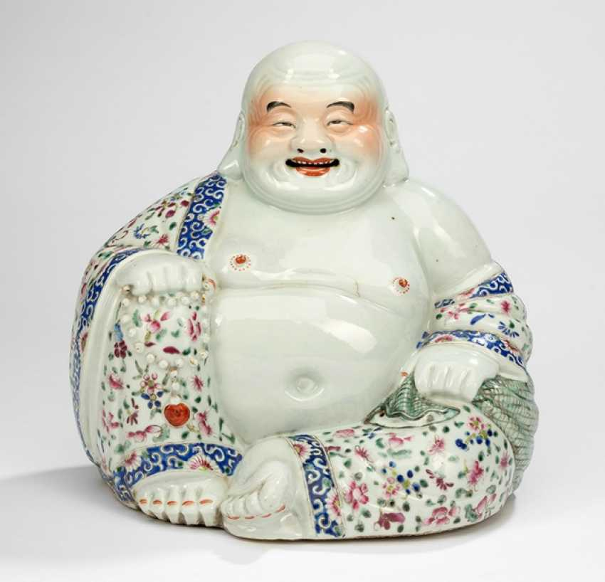 Budai porcelain with decoration in the colours of the 'Famille rose' - photo 1
