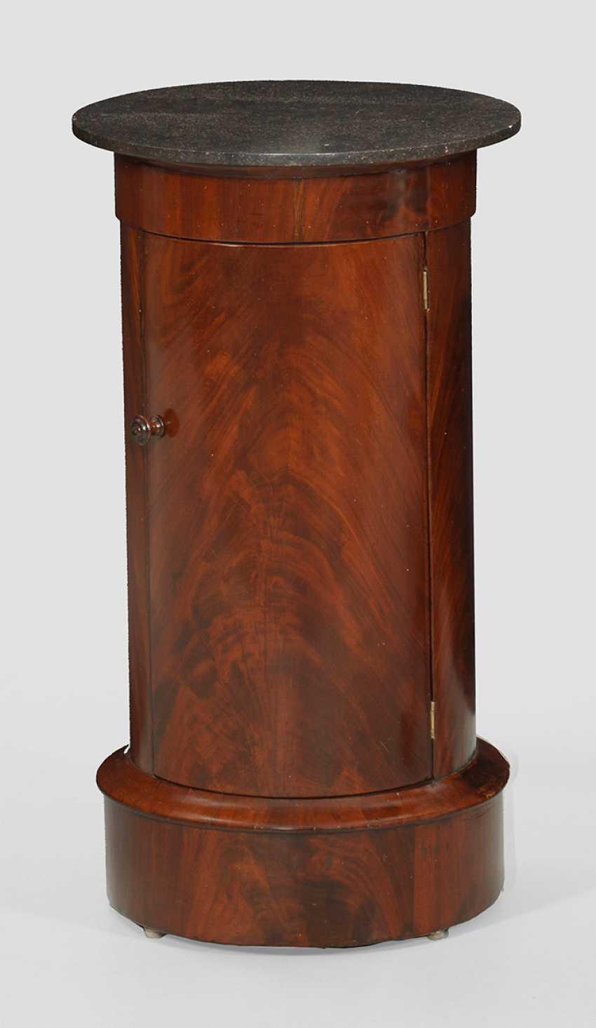 Biedermeier-Style Drum Cabinets - photo 1
