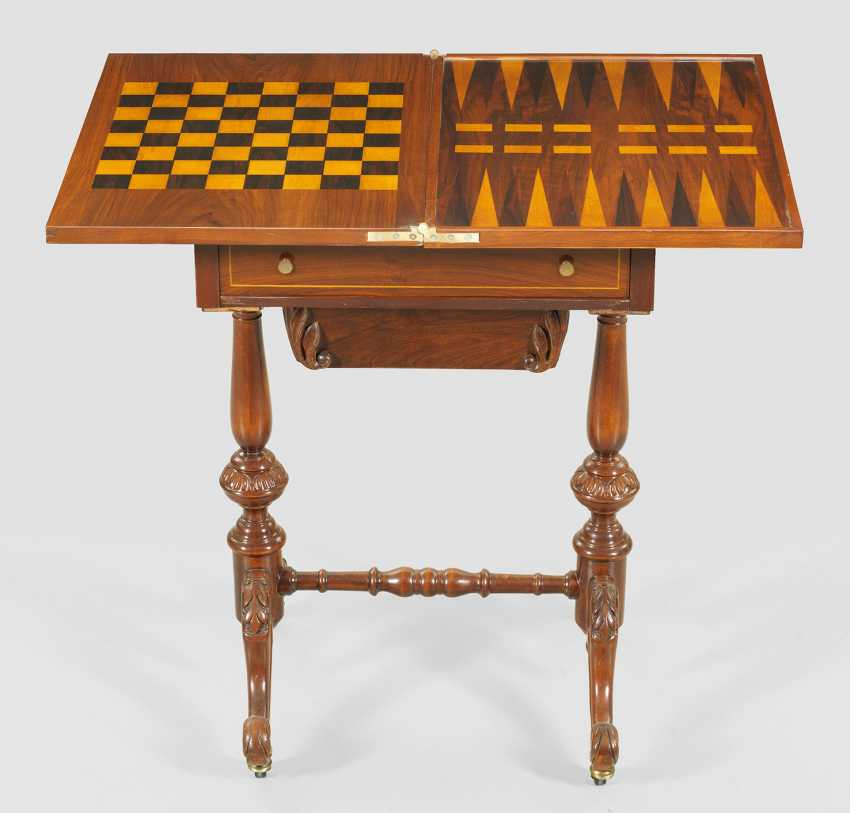 Small Victorian game table - photo 1