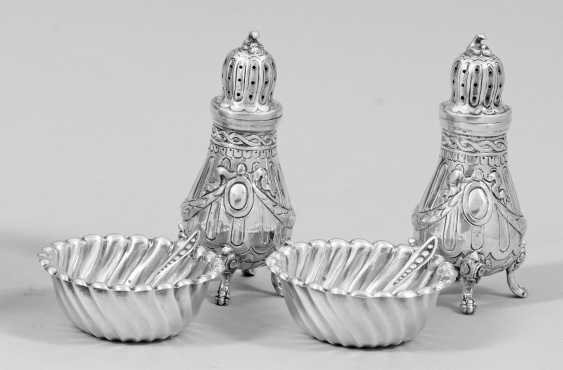 Pair of spice shakers, and Pair of Salieren - photo 1
