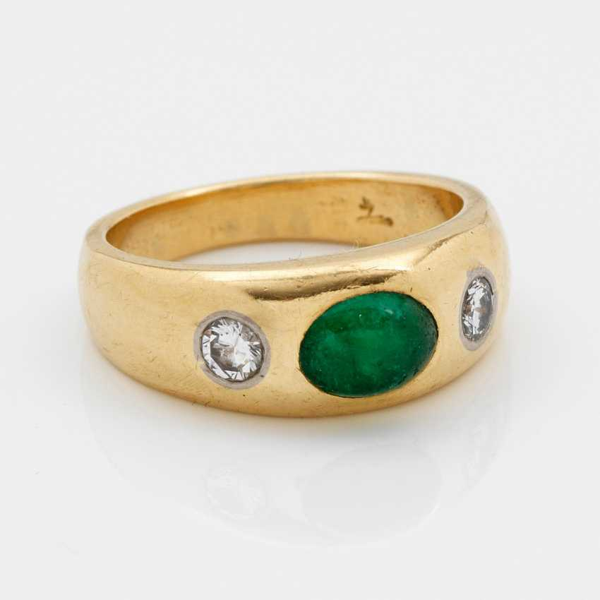 Classic Emerald Band Ring - photo 1