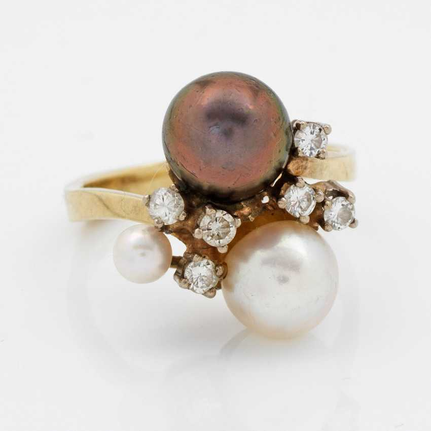 Decorative Pearl And Diamond Ring - photo 1