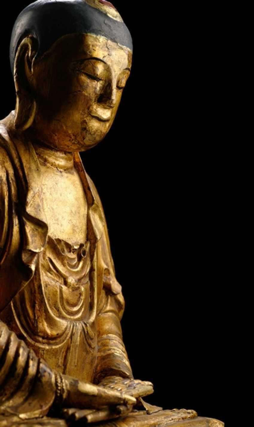 Lackvergoldete Skulptur des Buddha Shakyamuni - photo 2