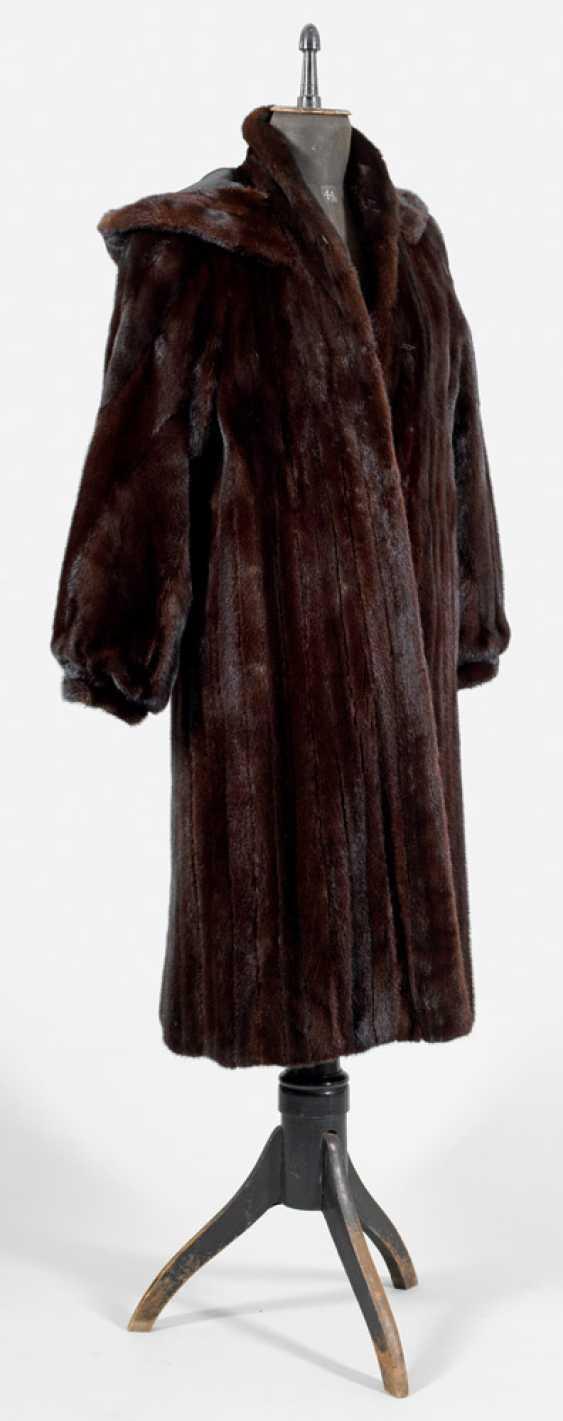 Ladies Mink Coat - photo 1