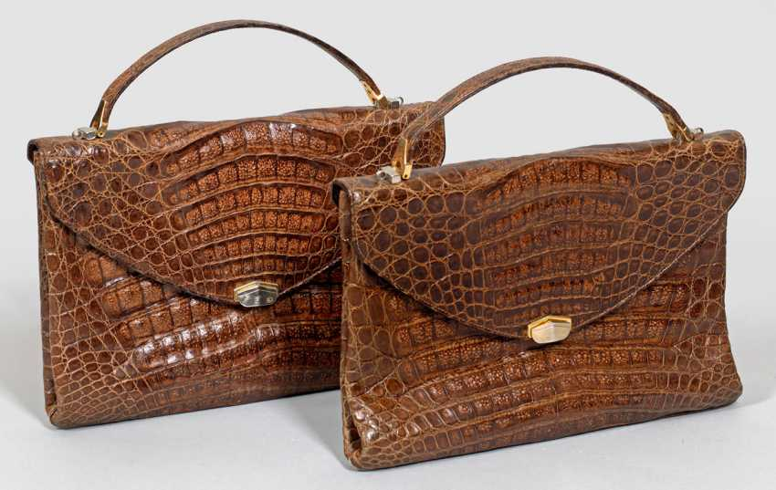 Two Vintage Handbags - photo 1