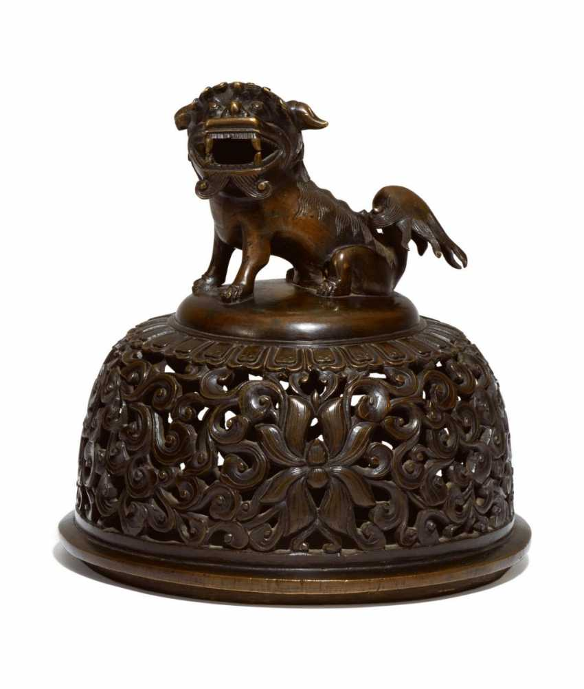Cover of an incense burner with shizi lion - photo 1