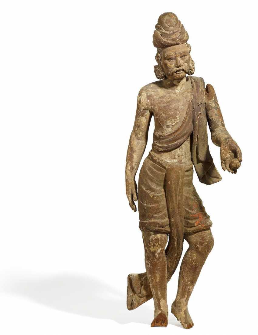 Elegant figure of a Lord - photo 1