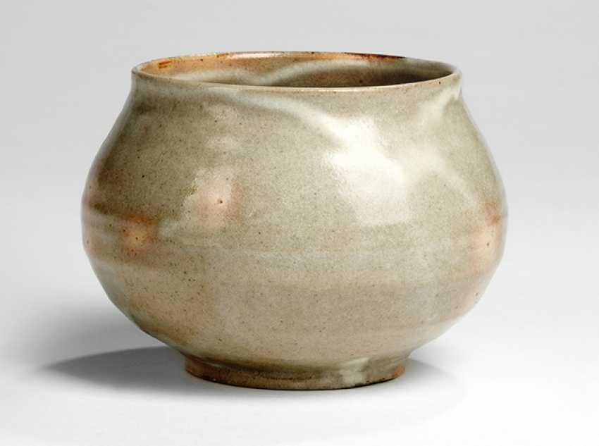 Bowl made of ceramic - photo 1